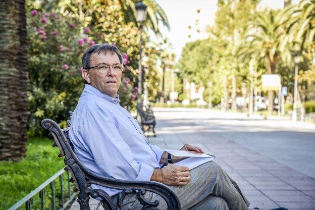 Martín Fariñas se propone potenciar el baloncesto en Badajoz con acciones de promoción. :: J. V. ARNELAS