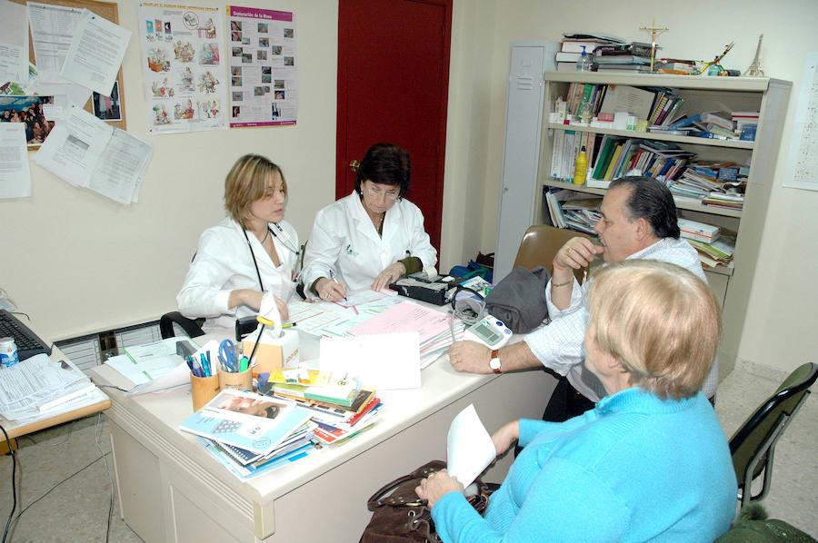 Denuncian que la cobertura de sustituciones veraniegas de - Centro de salud merida ...