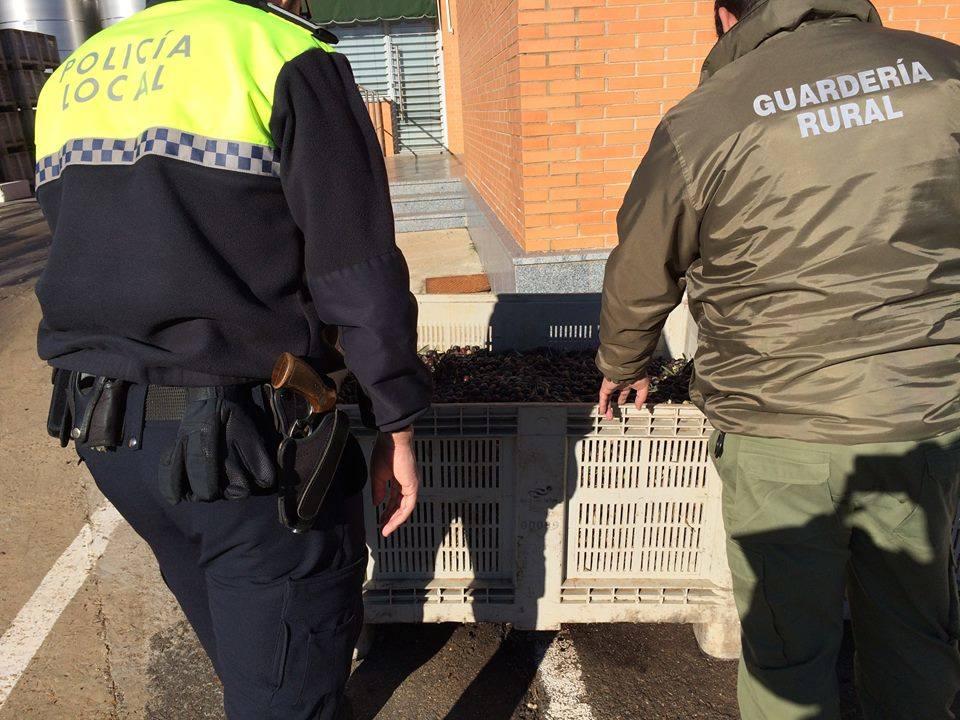 4 guardas rurales pasan a la plantilla de policía local del ayuntamiento de Guareña