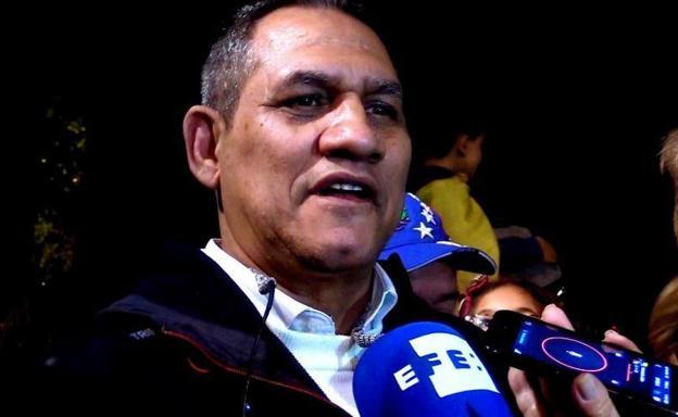 Topic para hablar sobre VENEZUELA Padre-guaido-tenerife-kXgB-U70378855794giC-624x385@RC