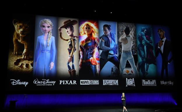 La presidenta de Walt Disney Distribution Franchise Management, Business & Audience Insights, Cathleen Taff, durante la presentación especial de CinemaCon./AFP