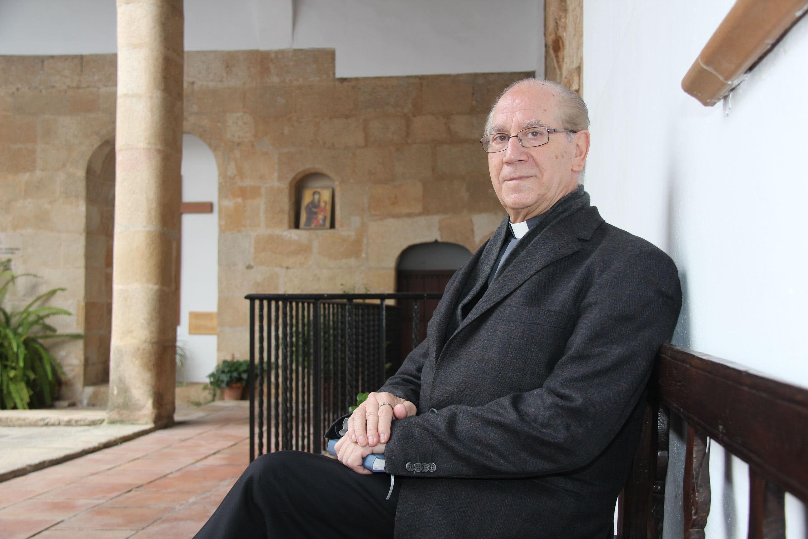 Fallece Jose Antonio Fuentes Anterior Dean Y Vicario General De La